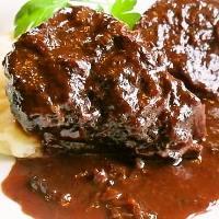 ≪牛ホホの赤ワイン煮≫ 2組に1組は頼むバロンの看板メニュー