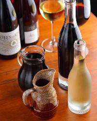 ≪ワイン≫ 常時50種類以上のワインを取り揃えております。
