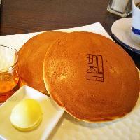 フワフワ当店人気のホットケーキ!!