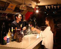 バーテンダーがいるお店!あなたに合ったお酒を作ってくれます。