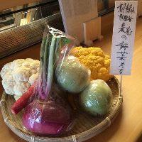 和歌山直送素材や、世田谷の朝採れ野菜などこだわりの食材を使用