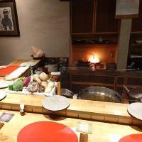 カウンター席では天ぷらの揚がる様をお愉しみいただけます。