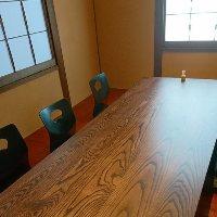 接待やハレの日、特別な会食では個室もご用意しております。