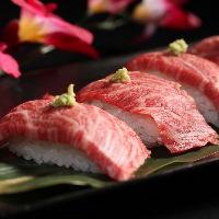 話題の肉寿司が食べ放題で登場!