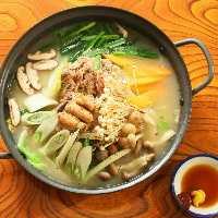 【タッハンマリ】 寒い日にぴったりな鍋料理!鶏の出汁を堪能