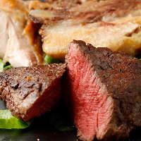 肉料理は、ぜひ赤ワインと合わせてお召し上がりください。