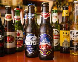 18種類以上の海外厳選ビールを取り揃えています。乾杯にどうぞ。