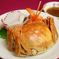 上海ガニの蒸し餃子は濃厚なカニ味噌をお楽しみいただけます