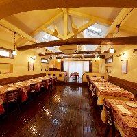 温かな雰囲気の店内。ごゆっくりお食事をお楽しみください