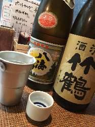 串焼に良く合う焼酎は芋・麦・栗の約15種類をご用意