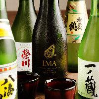 牡蠣に合う日本酒や、専門家が選んだワインを取り揃えております