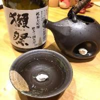 厳選の日本酒やワインも勢ぞろい♪お肉との相性ぴったり!