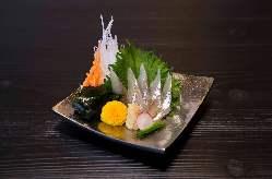 希少な北海道産ししゃもお造りなど、厳選食材を使っておもてなし