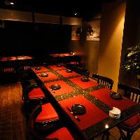 格調高い落ち着いた半個室はご人数に応じてお席をご用意します