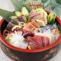 【全国各地から仕入れる】牡蠣は独自ルートで仕入れる大振りな物
