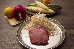 ◇厳選和牛◇ なめらかな舌触りと脂の甘みは、上質なお肉の印