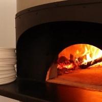 400℃以上の高温で焼き上げるのが美味しさの秘訣!