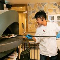 【窯焼きピッツァ】 高温で焼き上げる本格ピッツァをご賞味あれ