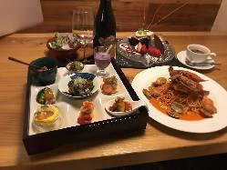 歓送迎会や忘年会などの各種宴会や女子会にも最適のコース料理。