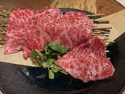 ●日替わり● 国産牛やさつま知覧鶏の串焼きは絶品です