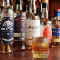【多彩なウイスキー】 ウイスキー通の方も大満足の品揃えです