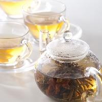 食後には中国茶はいかがですか?お腹も心もあたたまりますよ。