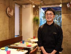 熊本出身のシェフは地元熊本食材も積極的に使い、料理にします。