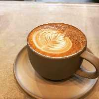 【おいしいコーヒー】 バリスタが淹れるこだわりの一杯!