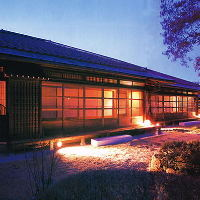 ■昭和13年建築の登録有形文化財で、日本料理を堪能