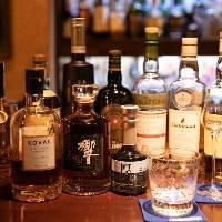 【大人の楽しみ】 圧巻の品数を誇るウイスキーや銘酒がズラリ
