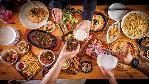 ガブ飲み和牛酒場 にくまれ屋 赤羽店の画像