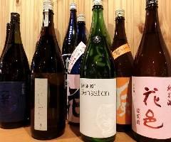 知る人ぞ知る銘柄の日本酒を40種類、揃えました!