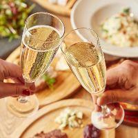 ビオワインのグラスは赤・白・泡全7種をご用意!