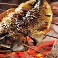 紀州備長炭を使用した炭火焼きは香り豊かで必食価値あり!