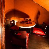 まるで隠れ家のような落ち着く雰囲気がおすすめの個室席♪