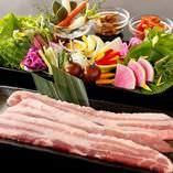 サムギョプサル食べ放題!野菜だけの食べ放題もあります♪