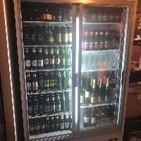 世界各国のクラフトビールをキンキンに冷やしてます◎