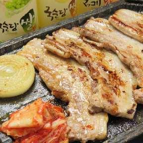 韓国料理 ホンデポチャ 新大久保本店