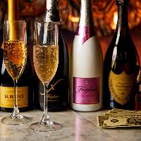 女性に嬉しい各種カクテルやシャンパンなども種類豊富にご用意!