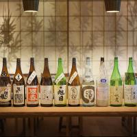 お酒は、全国各地の地酒をご用意しております。