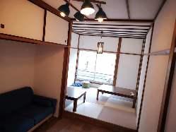 2階には「ご宴会」や「お子様連れ」にも好評の座敷席をご用意。