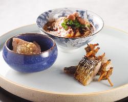 前菜盛り合わせ・手作り点心・〆の麻婆豆腐ご飯など。