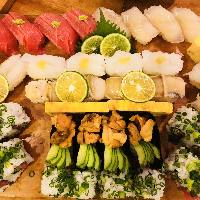人気の盛り込み寿司