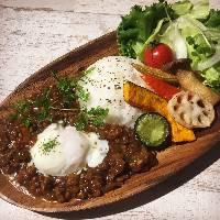 新メニュー『野菜たっぷり!キーマカレー』