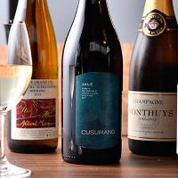 お魚料理によく合うワインも種類豊富にご用意しております。