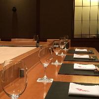 日本料理の店「麻布はんなり」五感で楽しむ特等席。
