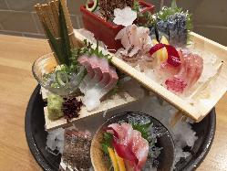 お魚を中心とした和食料理をご用意しております。