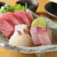 旬の鮮魚もDADA.の得意ジャンル。お酒のアテにピッタリ。
