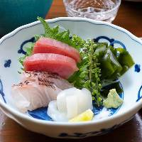 鮮魚の刺身三点盛り