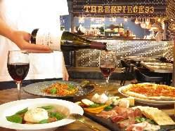 ディナータイムは厳選食材を使用した創作イタリアンとワインを